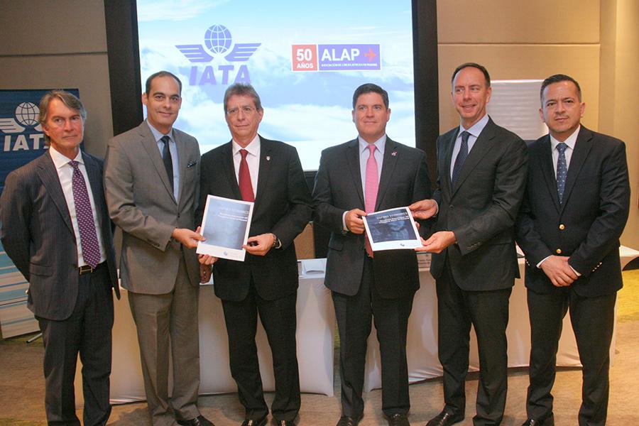 Industria de la Aviación Panameña contribuye significativamente a la economía de Panamá
