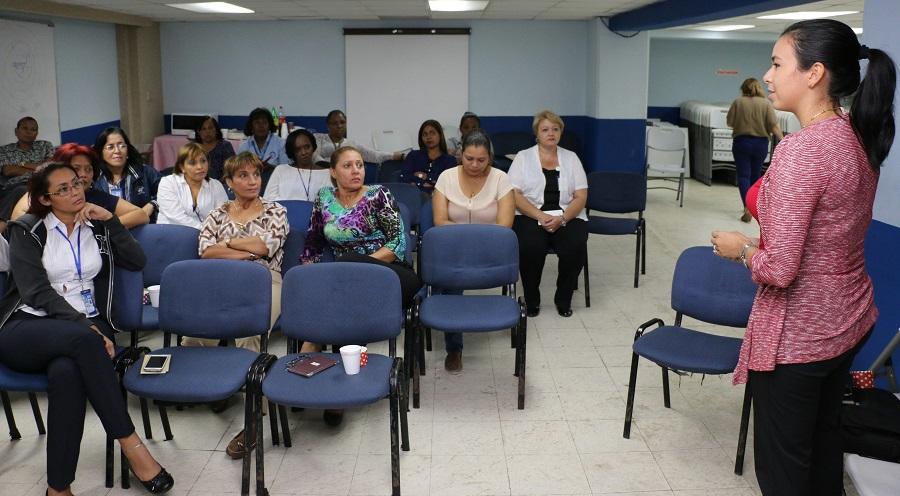 Culmina con éxito actividades del Mes de la Mujer en la AAC
