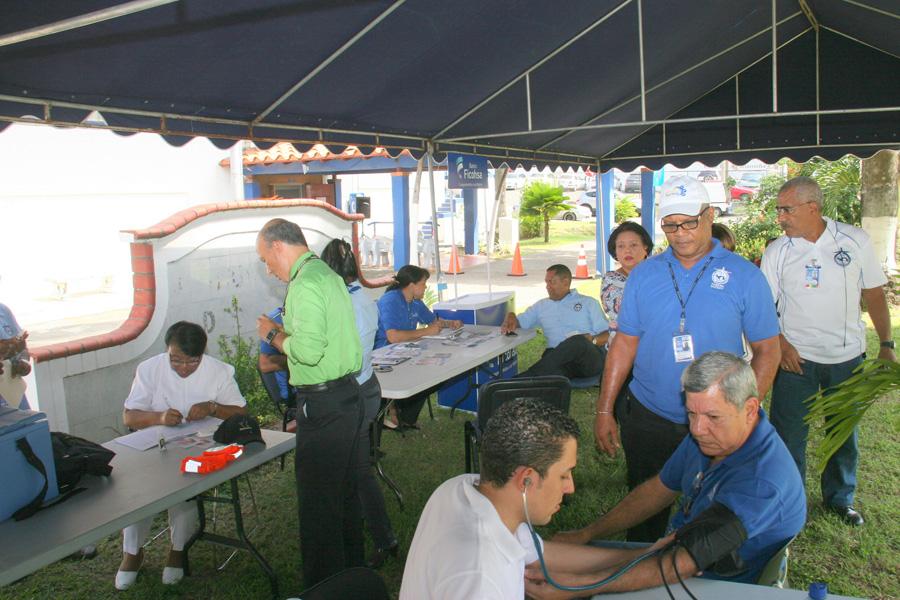 Feria de la Salud en la Autoridad Aeronáutica