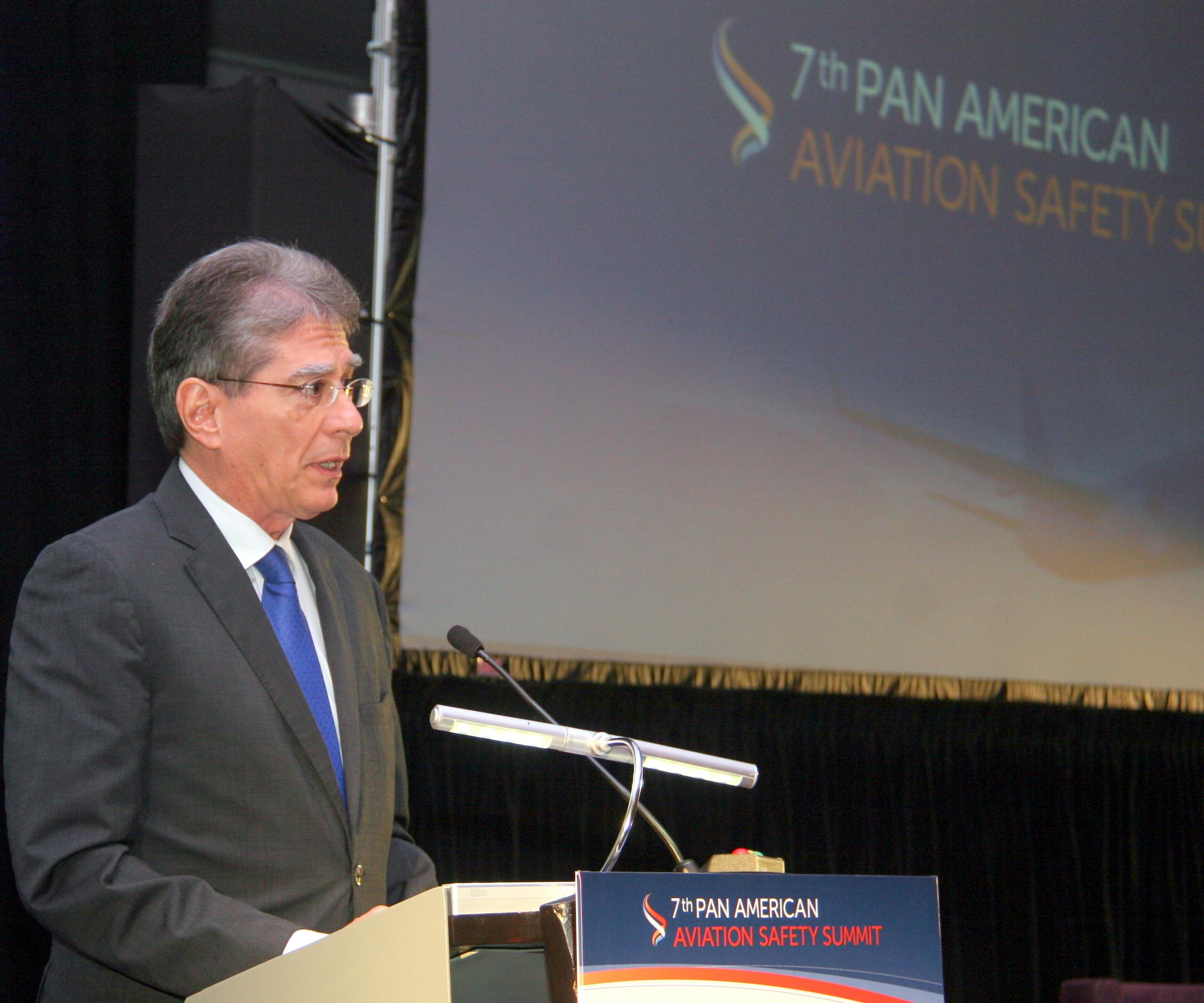 Celebran Cumbre Panamericana de Seguridad Aérea en Panamá