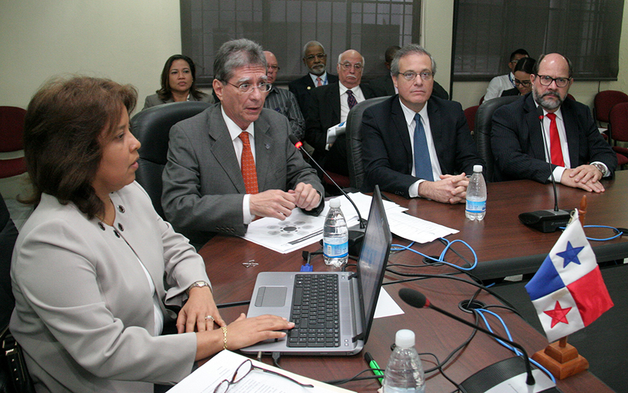 AAC Sustenta Presupuesto del 2018 ante la Comisión de la Asamblea de Diputados