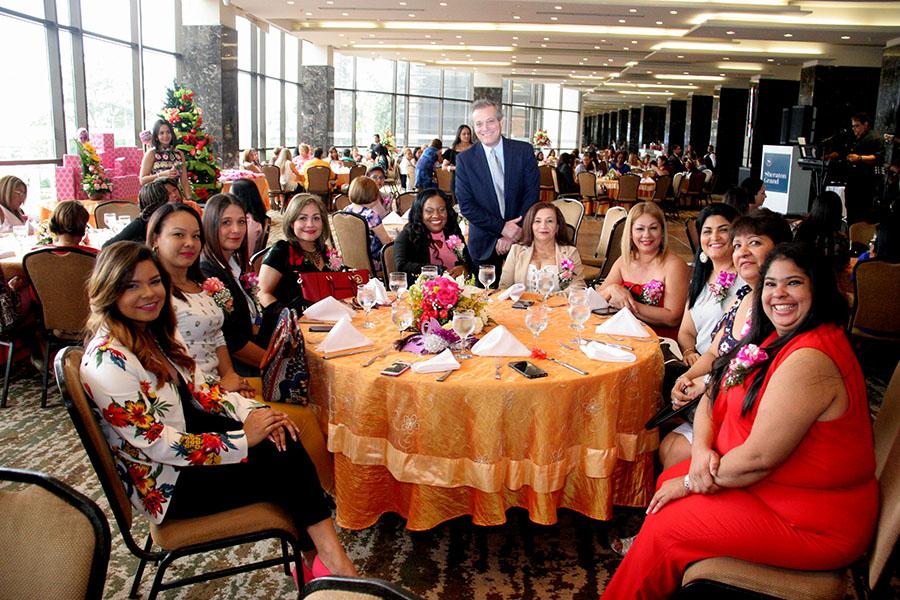 AAC Agasajo a las Madres en su Día