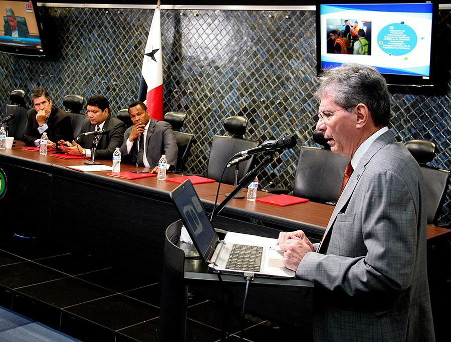 AAC Sustenta Memoria 2017 Ante la Comisión de Comunicación y Transporte de la Asamblea de Diputados