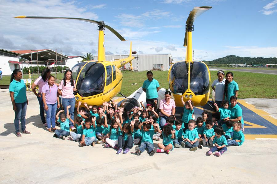 Escuela Kids Ahead visita Linea de Vuelo