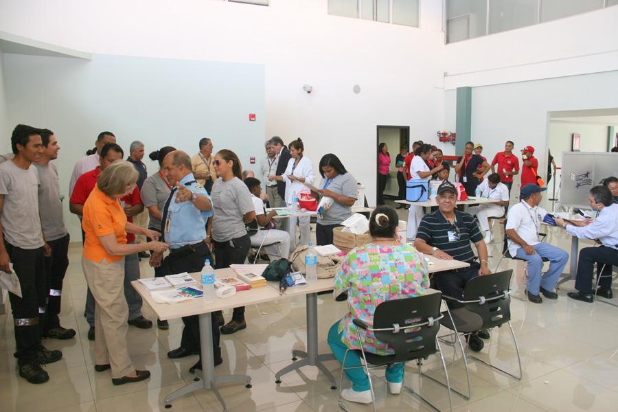 Feria de Salud- Aeropuerto Marcos A. Gelabert