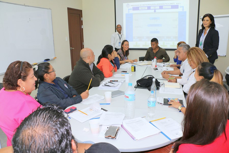 Funcionarios de Meteorología e Información Aeronáutica participan de Seminario de Actualización Normas 9001-2015