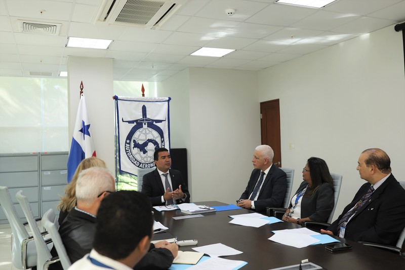 Oficiales de la Oficina SAM de la OACI visitan la AAC en busca de redoblar esfuerzos para levantar estructuras de trabajo